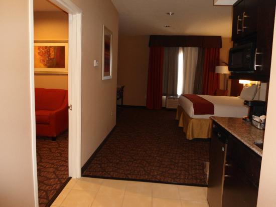 Alpine, TX: King Suite