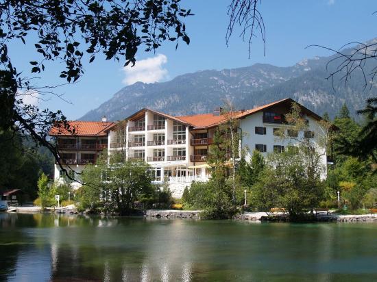 Photo of Hotel am Badersee Grainau