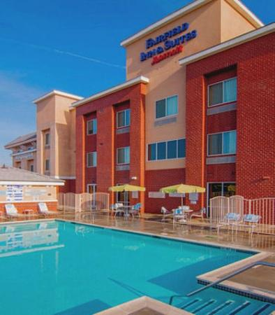 Tulare, Kalifornien: Outdoor Pool