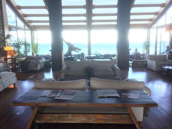 Hotel Cumbres Puerto Varas: View from lobby