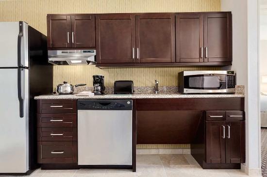 Joplin, MO:  Accessible Compliant Kitchen