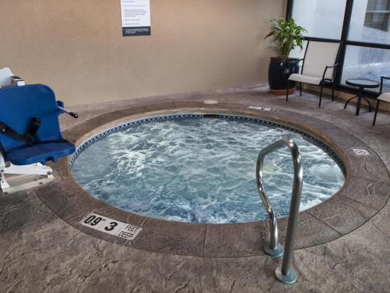 Amherst, estado de Nueva York: Hot Tub