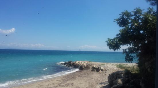 Poros, Yunani: Taverna M'anaveis