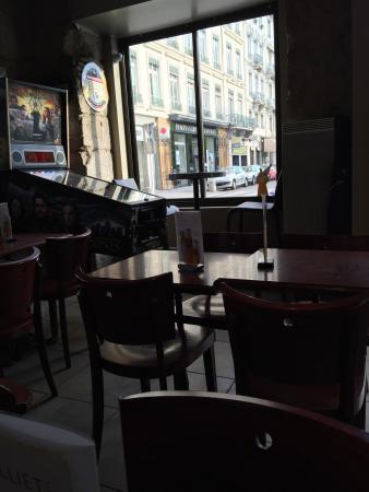 Cafe Carnot