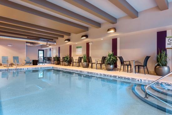 Henrietta, نيويورك: Pool
