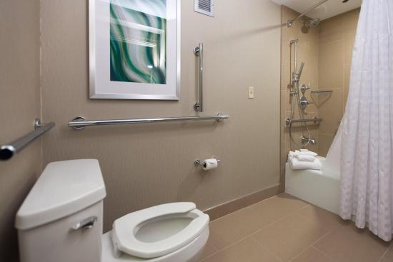 Newark, OH: Accessible Bathroom
