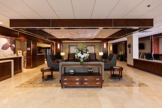 Newark, OH: Lobby Area