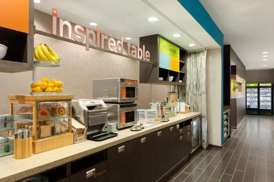 Φλόρενς, Νότια Καρολίνα: Inspired Table Dining Area