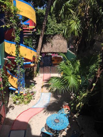 Hotel Colorado: Jardín