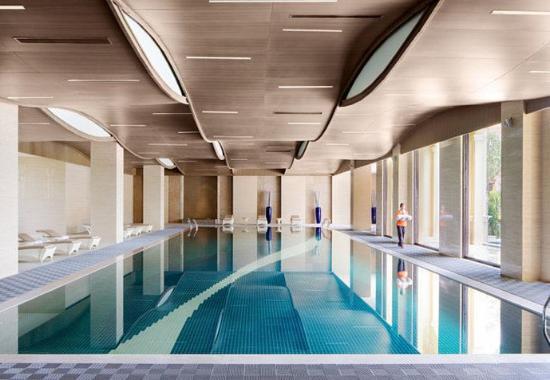 Huizhou, China: Indoor Pool