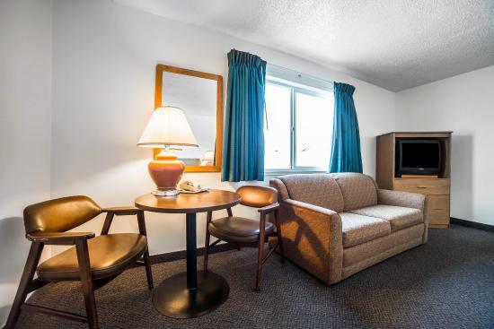 Arlington, OR: Guest Room