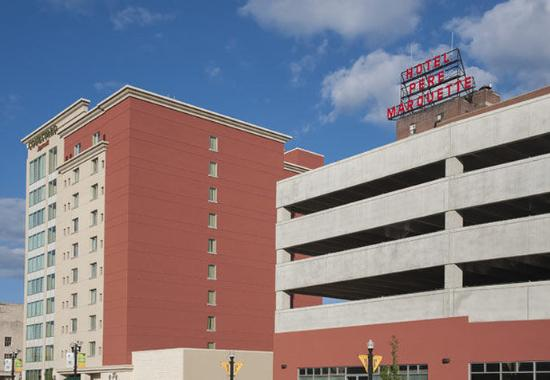 Peoria, IL: Parking Garage