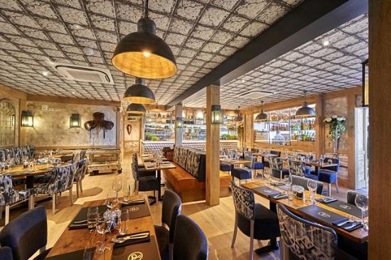 Copenhagen Bar & Grill