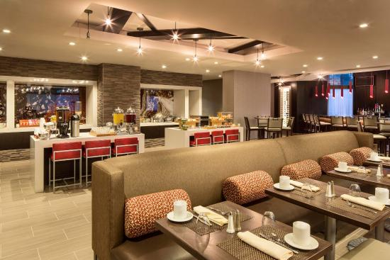XC Bar & Bistro at the DoubleTree Largo