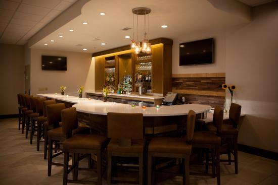Greenville, NC: Holiday Inn HI Bar
