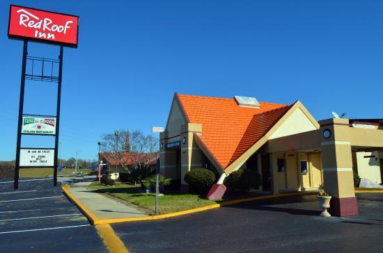 Lumberton, North Carolina: Exterior