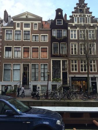 B & B 1680: photo2.jpg