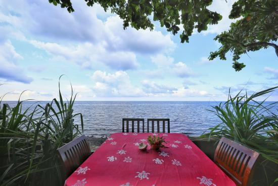 Bondalem, Indonesia: Ocean dining