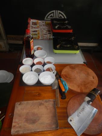 Nina's Foodie Tour & Cooking Class