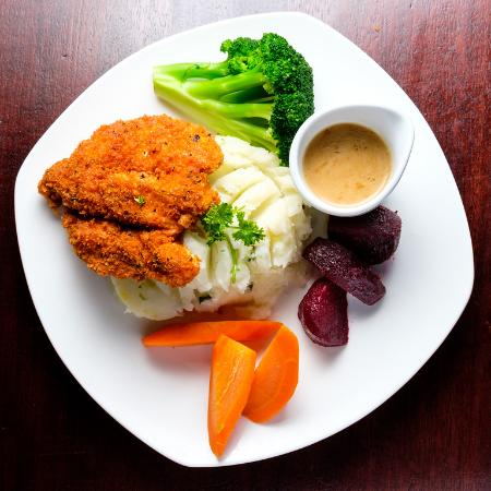 James Joyce Irish Pub : Kilkenny Chicken and Root Vegetables