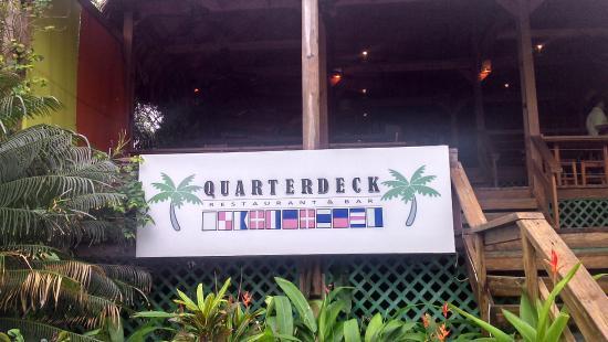Laru Beya Resort & Villas: Quarterdeck Restaurant at Laru Beya