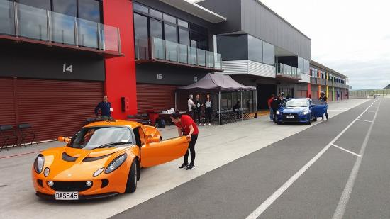 Te Kauwhata, Nieuw-Zeeland: Drive Supercar days offer great experiences!