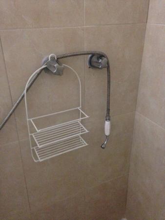 Hotel el Parador: Detalle del baño, ducha