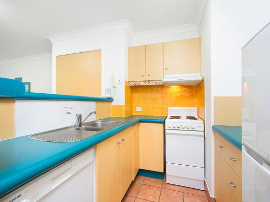 Aruba Surf Resort: In room kitchen - 1 Bedroom Apartment