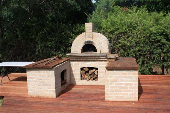 Mollymook, Avustralya: Pizza oven