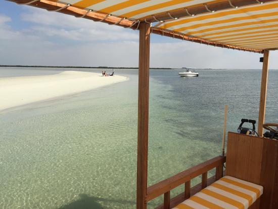 Captain Tony's: Island Beach Getaway