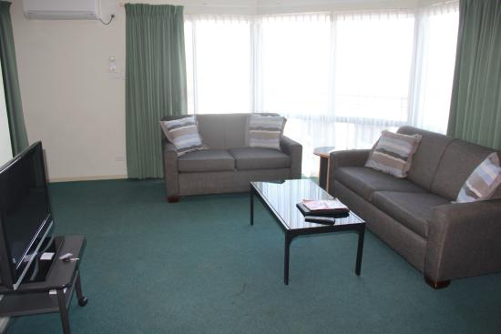 Sorrento, Australia: Living room area with TV