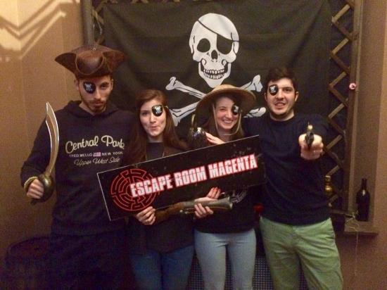 Escape Room Magenta
