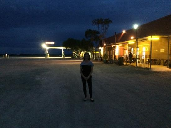 Eucla, Australia: COCKELBIDDY ROADHOUSE