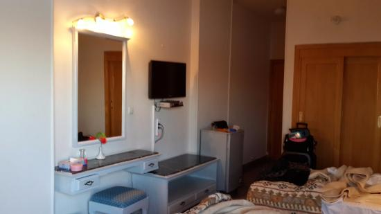 Lotus Luxor Hotel: Clean double room with basics