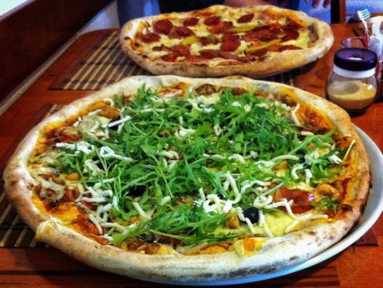 Ivanic Grad, Kroatia: Pizza mediterana and gourmet