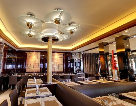 le malakoff paris trocad ro restaurant avis num ro de t l phone photos tripadvisor. Black Bedroom Furniture Sets. Home Design Ideas