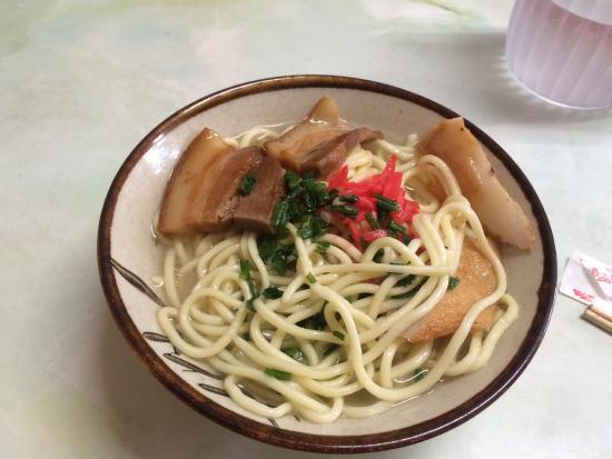 Midoriya Ryokan: メニューはおそばのみでお値段は¥500 すぐに出していただき味も美味しかったです