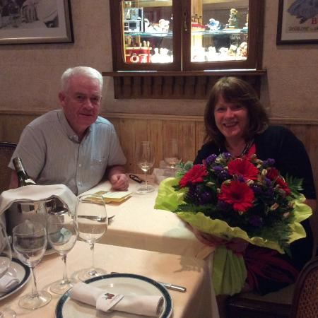 Le Bistrot d'Alain : Beautiful flowers from Jaques and Marie. Very much appreciated.