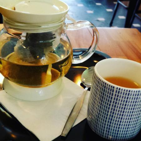 White Pai Mu Tan tea from vero caffe