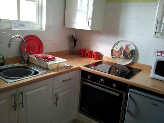 Hamsteels Hall: Hen House Kitchen Area