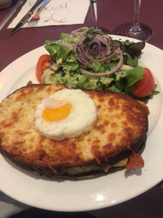 Le Grand Cafe: photo3.jpg
