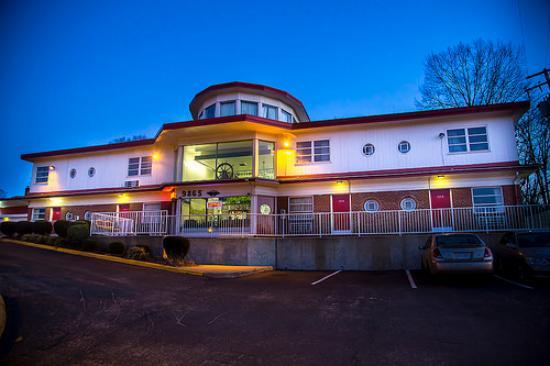 Fairfax, VA: Lee High Inn