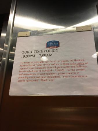 Fairfield Inn & Suites Hooksett: The Quiet Time Policy - A definite plus!