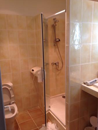 Hotel Toppin Logis et contact hotel : Salle de bain  Chambre 201