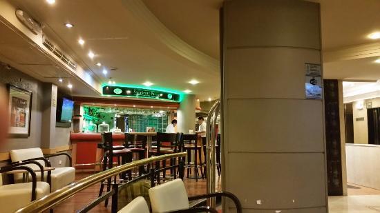 Sarmiento Palace Hotel: 20160422_204847_large.jpg