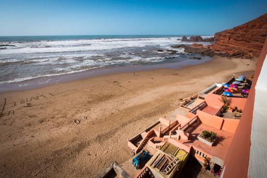 Legzira Beach: La plage de Legzira, les hôtels face à l'océan