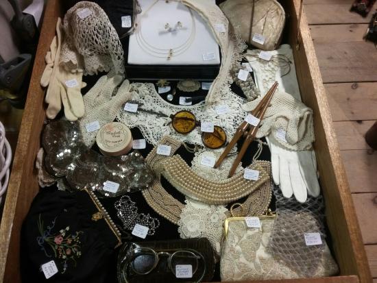 Innisfil, Canadá: Ladie's vanity items