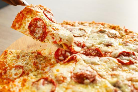Lekki, Nigeria: Pepperoni Pizza