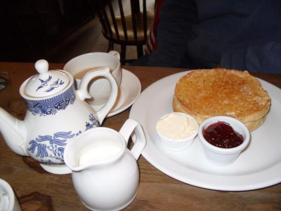 The famous bath bun with clotted cream - Picture of Sally