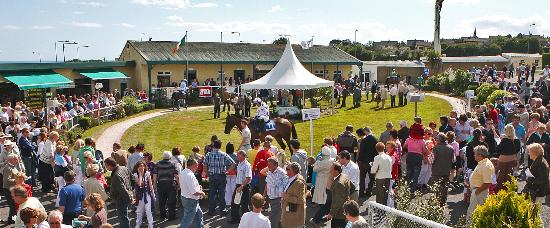 Tramore, Irland: Summer Parade Ring